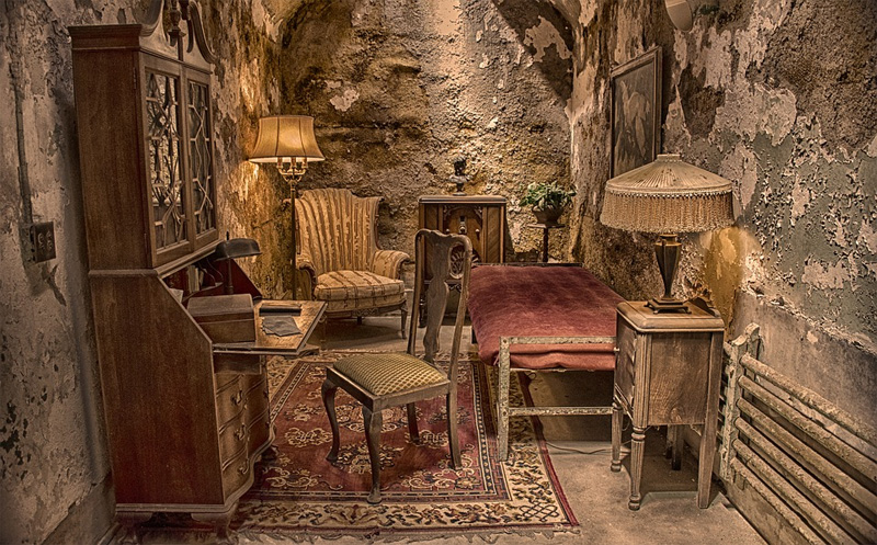 eastern state pen al capone cell
