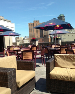 bookie's bar n grille patio