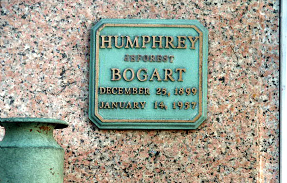 Humphrey Bogart's grave (photo)