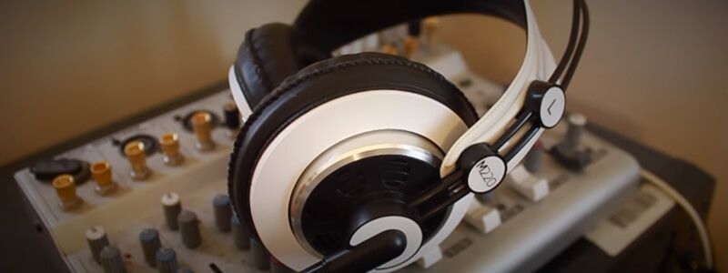 review AKG M220 Pro Headphones