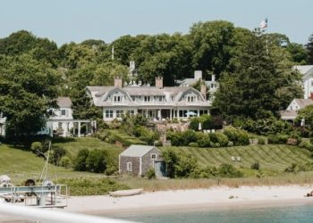 Top 10 Best Tourist Places in Massachusetts