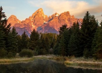 Top 10 Best Tourist Attractions in Wyoming